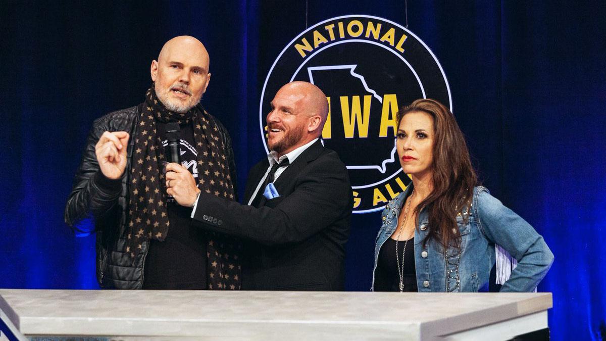 Mickie James estreia na NWA e produzirá pay-per-view totalmente feminino