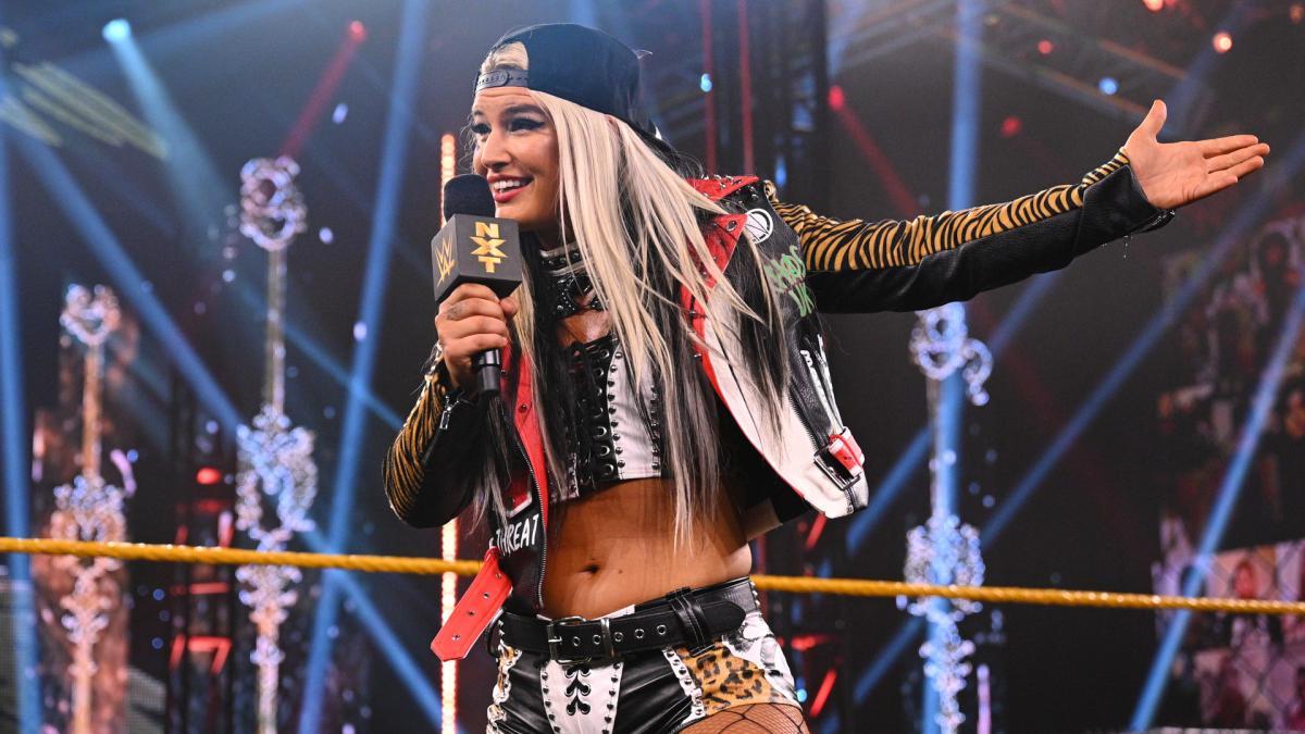 """Toni Storm e outros lutadores fizeram """"Dark Matches"""" antes do WWE SmackDown"""