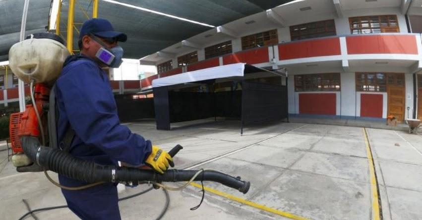 SEGUNDA VUELTA: Fumigan locales de votación de Arequipa para prevenir propagación del coronavirus