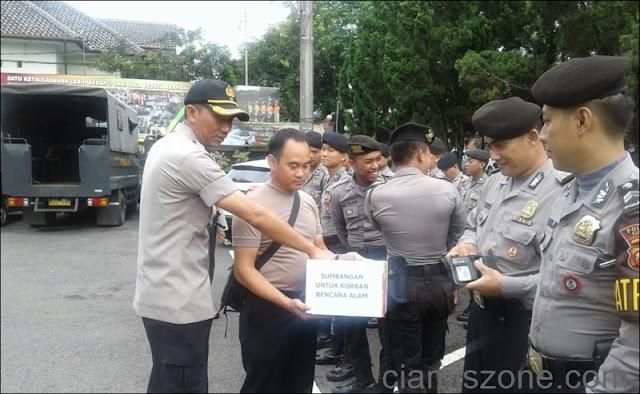 """Peduli Bencana, Polres Ciamis """"Ngencleng"""" Dana untuk Bogor"""