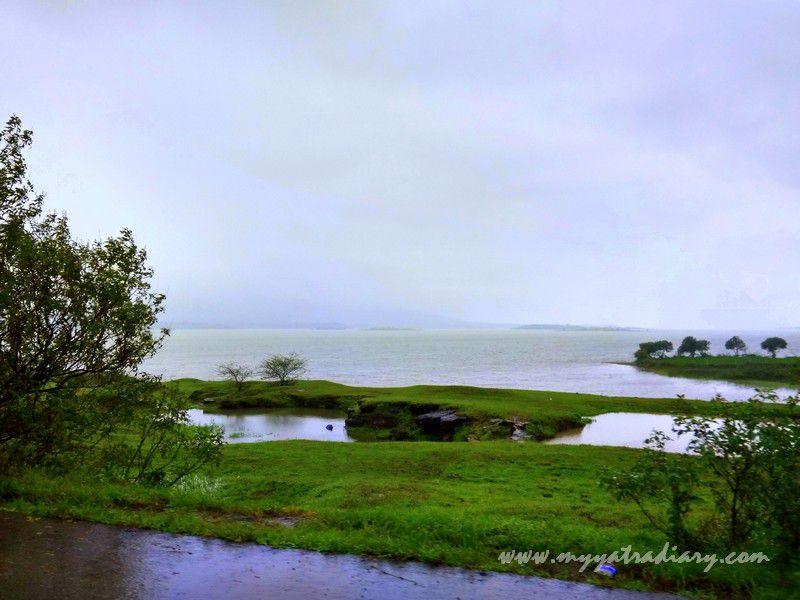 Scenic spot on the Trimbakeshwar -Ghoti road near Nashik, Maharashtra