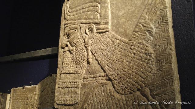100Masters, Nimrud, Museo de Arte e Historia - Bruselas por El Guisante Verde Project