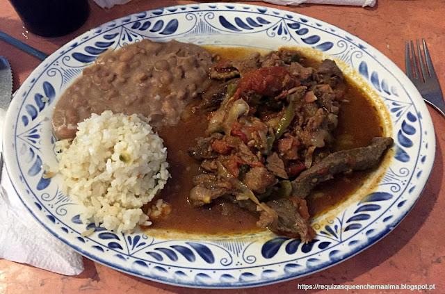 Restaurante La Choza, Comida Mexicana