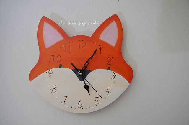 zegar w kształcie liska -praca Jagodzianki