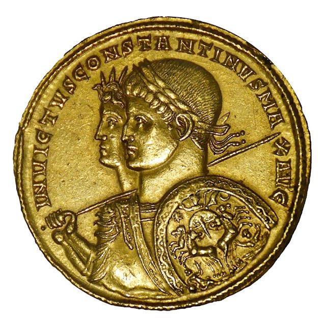 Χρυσό νόμισμα του 313 μΧ που απεικονίζει τον Μέγα Κωνσταντίνο και τον Sol Invictus
