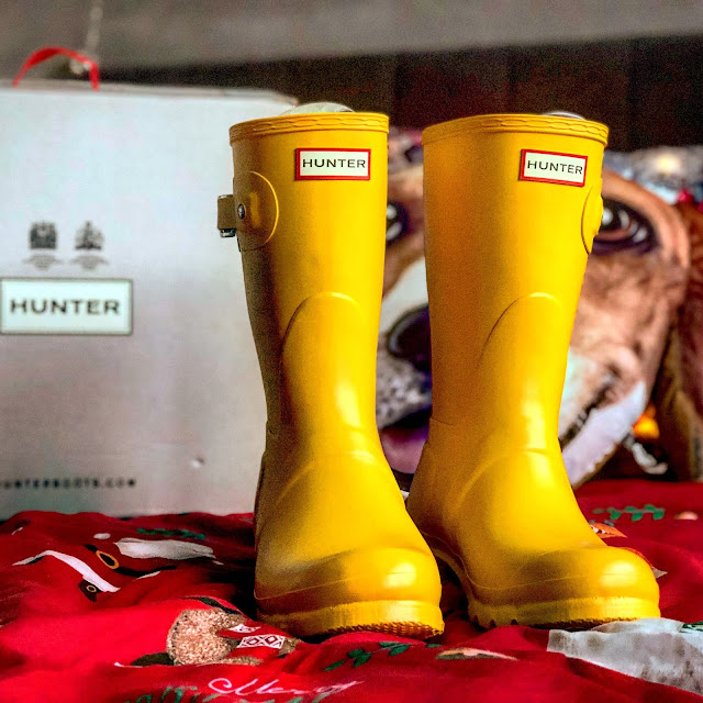 Hunter Wellies. Christmas Gift Guide 2017 - Mandy Charlton's biggest ever Christmas gift guide. The only gift guide you'll need to find presents and gift ideas for the people you love this holiday season