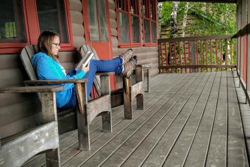 The Storied Mom Reading Challenge #readinglifestye #christianbooks #christianmoms #motherculture