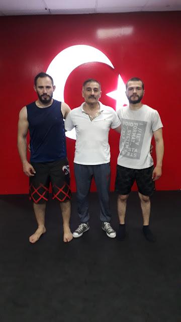 Sensey Şahin ve onun MMA-çıları