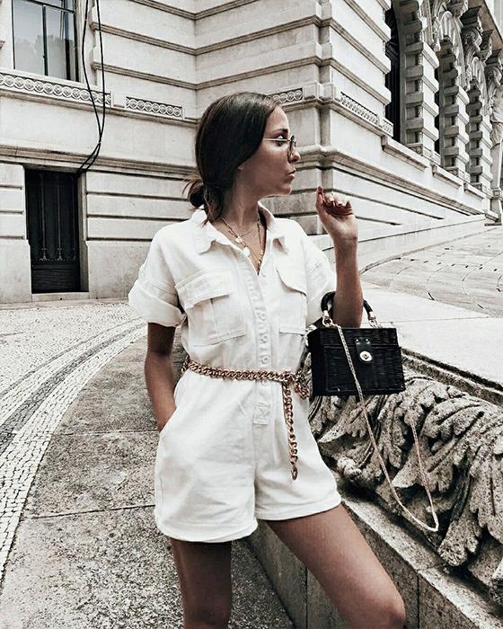vestido enterizo blanco elegante