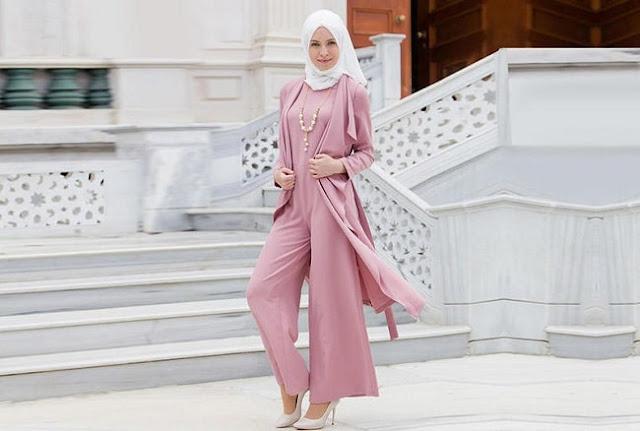 فستان جمبسوت وردي للمحجبات موديل 2020