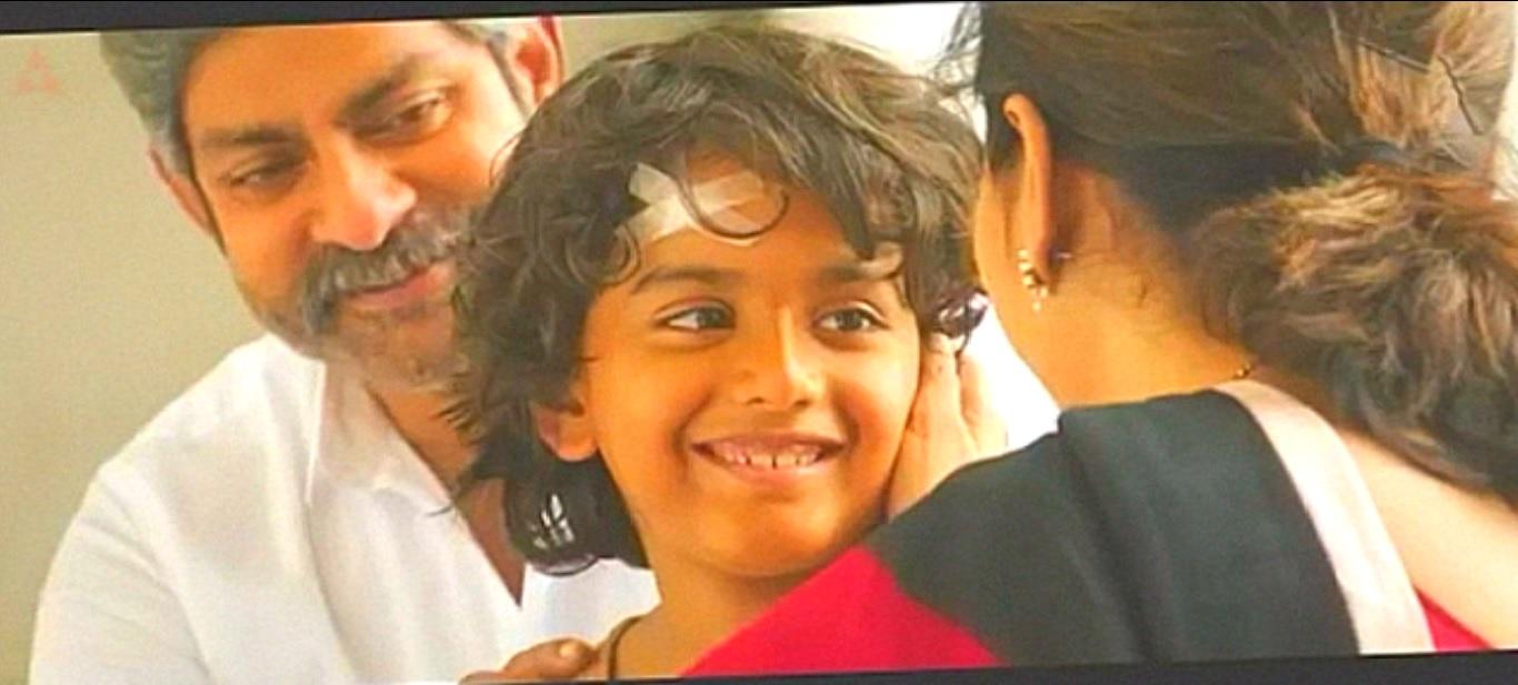 www TamilMV re - Hello (2017) Telugu movie - 700MB - x264