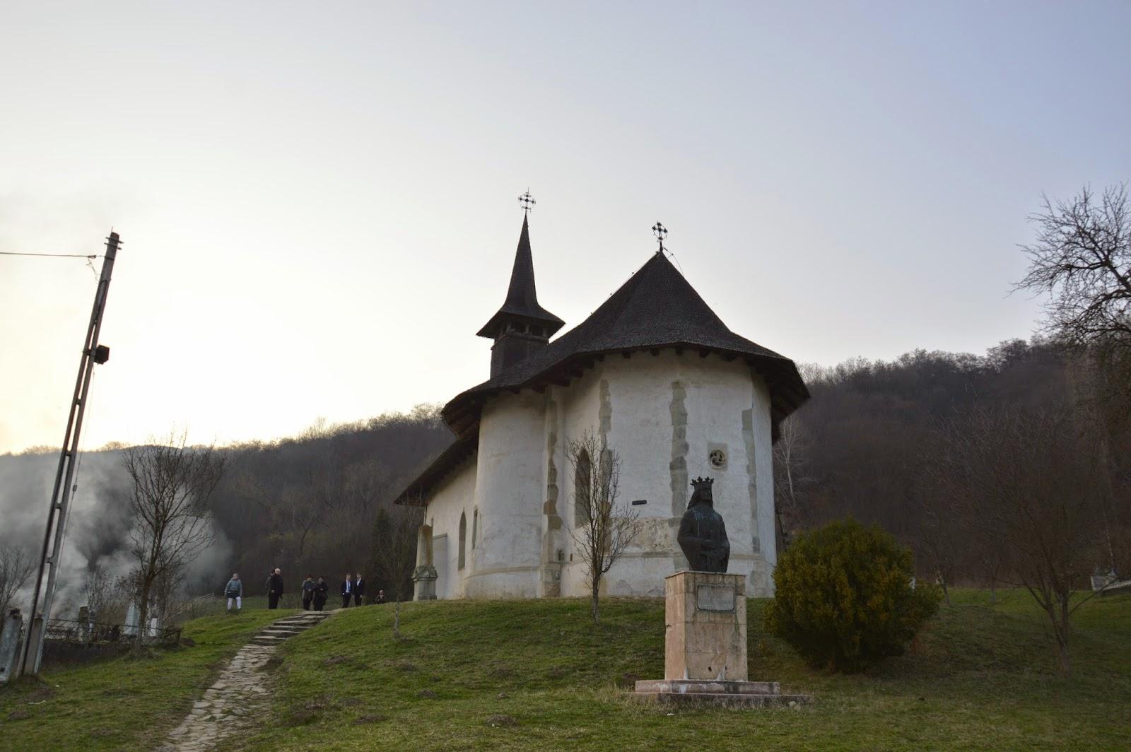 "Tunderea in monahism a parintelui Arsenie, Manastirea ""Stefan Voda"", jud. Cluj"