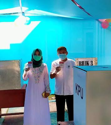 Dawam Raharjo Salurkan Hak Pilihnya di TPS 04 Labuhan Ratu Lamtim