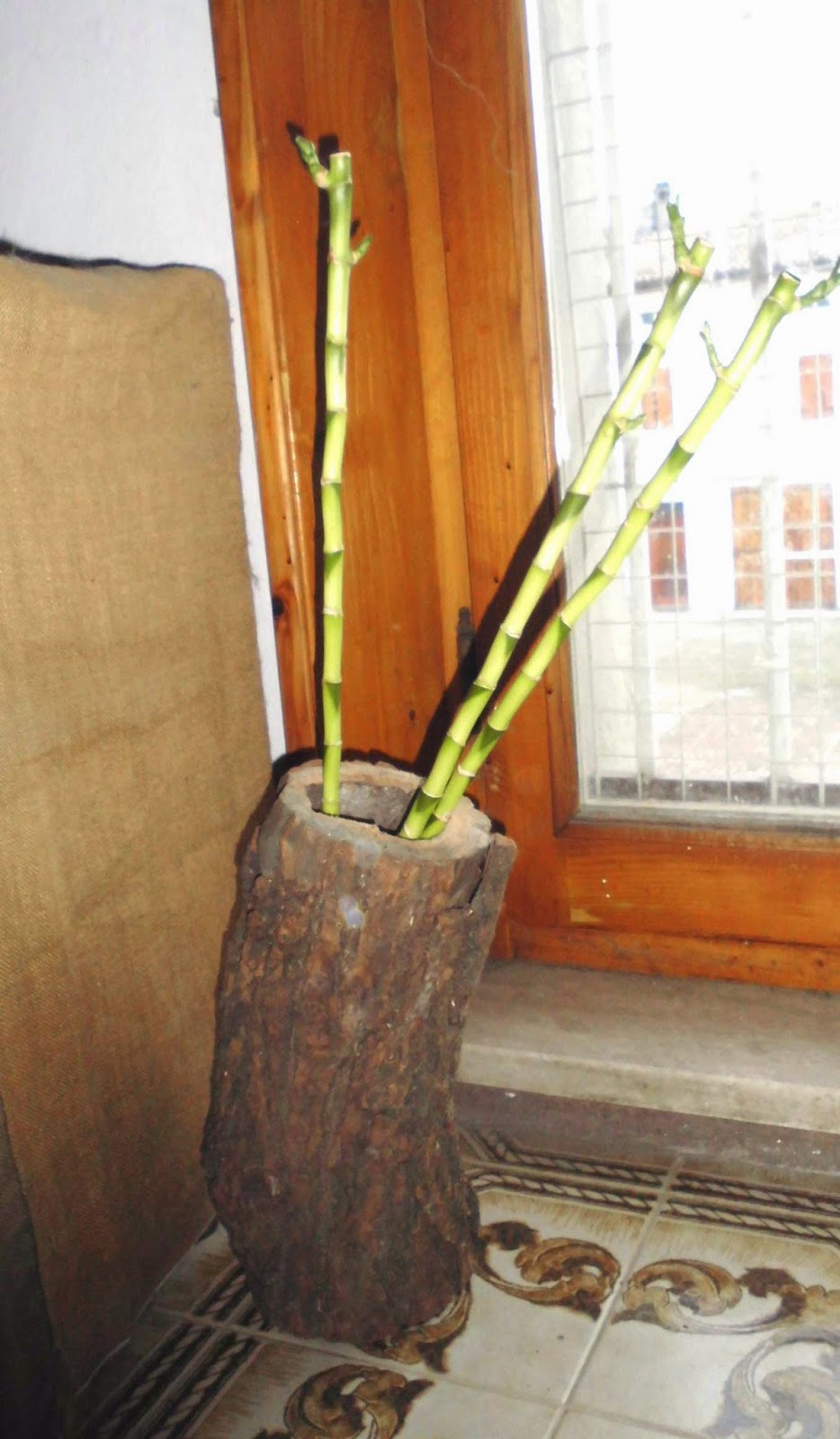 riutilizzo riciclo legno porta fiori fai da te