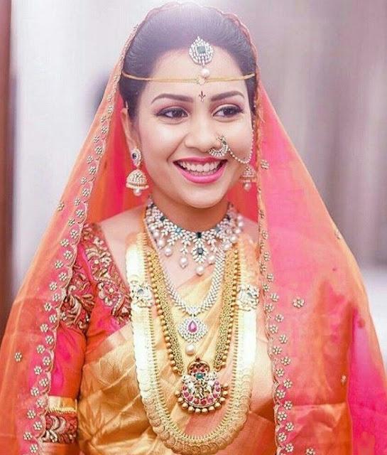 Bride in Nagas Haram Kasu Mala