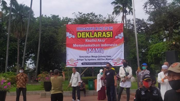 """KAMI Ingatkan Tanda Bahaya, """"Menteri Dimarahi Tak Punya Sense Of Crisis, Presiden Sibuk Urus Anak Jadi Walkot"""""""