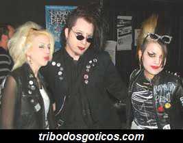 goticos anos 80 bandas
