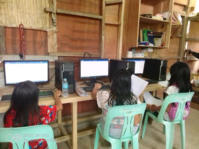 PLDT empowers Arakan women community, bridges digital divide amid pandemic