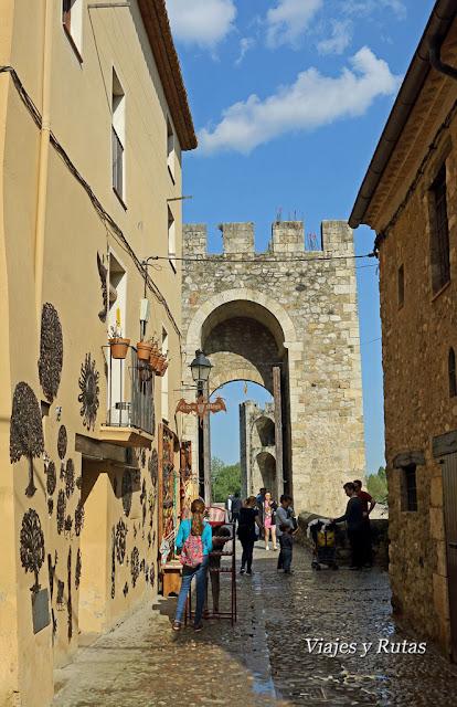 Calle del Puente Viejo de Girona, Besalú