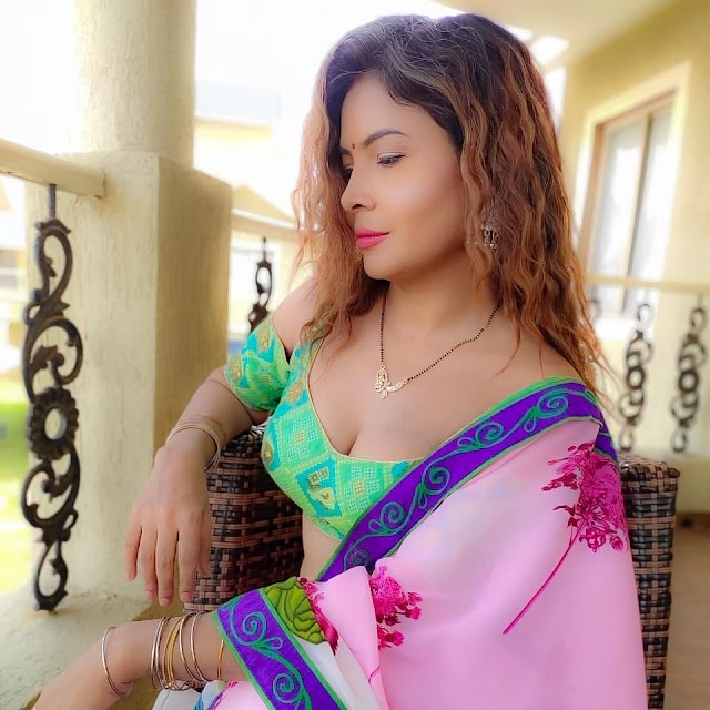 Mahee (Mahi) Kaur Age, Boyfriend, Height, Measurements, Images,  Net worth, Biography, Instagram @the_holyrebel