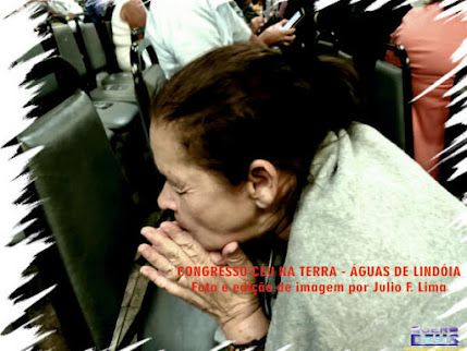 Diaconisa orando