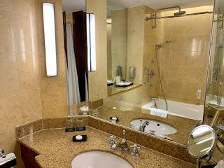 Bathroom, Sheraton Towers Singapore, 2021