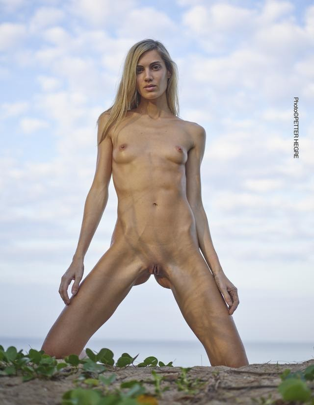 201456 [Art] Francy - Nudist Life