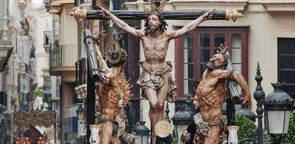 Santísimo Cristo del Perdón por la Plaza del Palillero. Semana Santa de Cádiz 2019