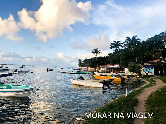 Próximo ao píer de Boipeba, Praia da Boca da Barra