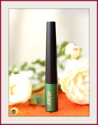 Nykaa GLAMOReyes 03 Enchanting Forest Green Liquid Eyeliner Review on NBAM blog