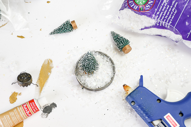 Making vintage inspired bottle brush ornament, dollar tree, diy ornament