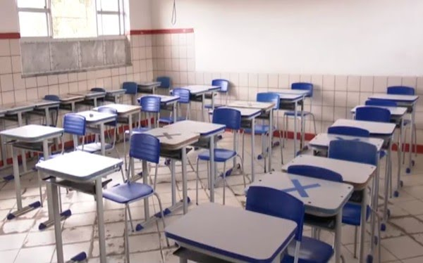 Colégio estadual em Cruz das Almas suspende atividades semipresenciais após professora testar positivo para Covid-19