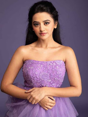 Helly Shah Wiki, Biography