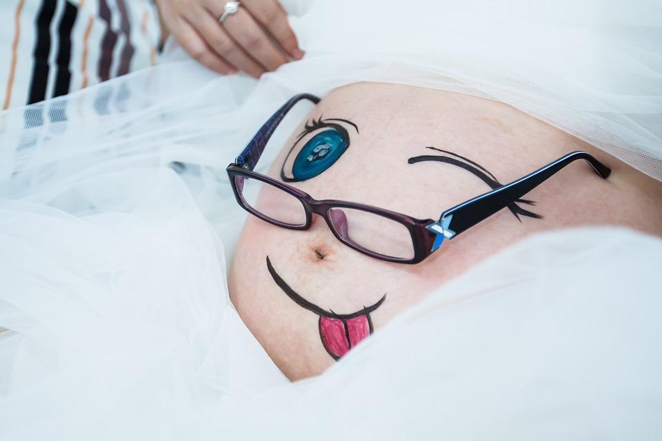 a-happy-marriage-news-recem-nascido-maternidade-gravidez-gestação-parto-mãe-moda-infantil-filhos-familia-barriga-de-gravida-com-desenhos
