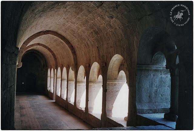 LE THORONET (83) - Abbaye cistercienne