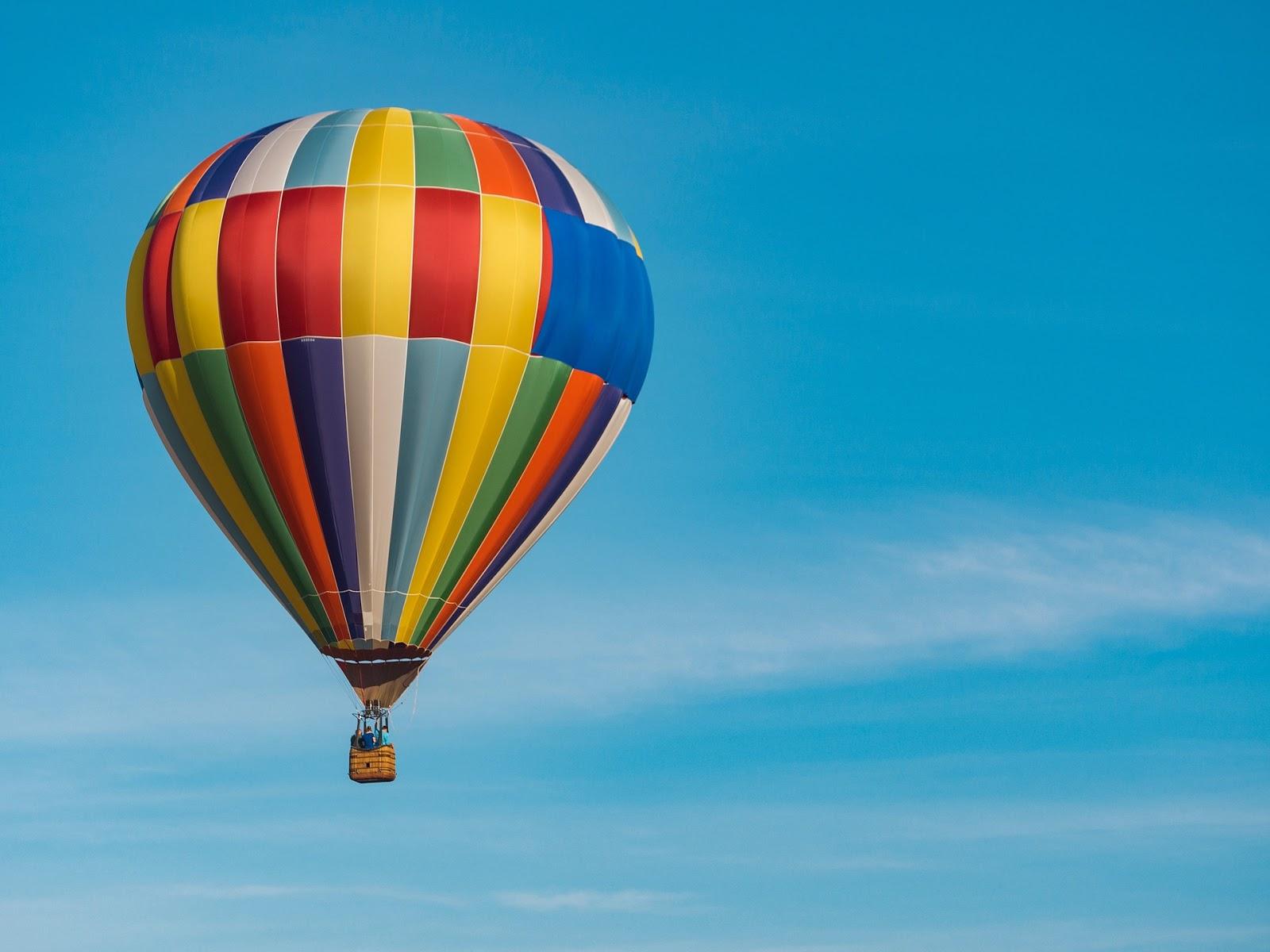 Mengapa Balon Udara Dapat Terbang? - MEDIA ILMU