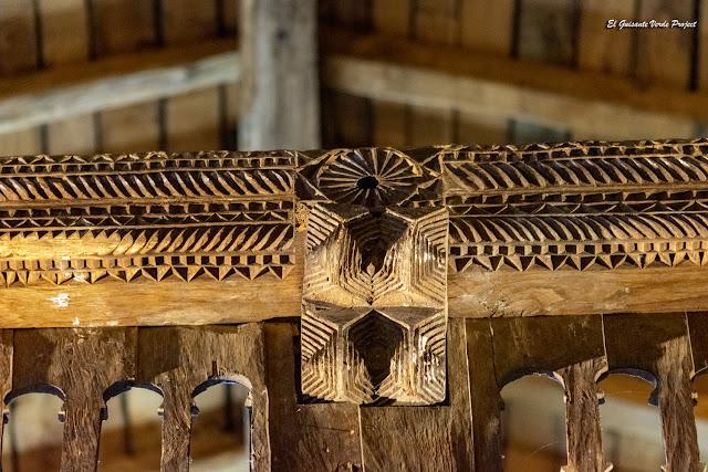 La Antigua, decoración balaustrada del coro - Zumarraga