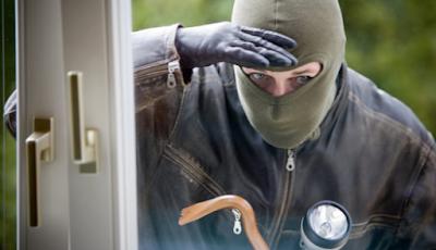 9 Cara Membuat Rumah Aman dari Pencuri