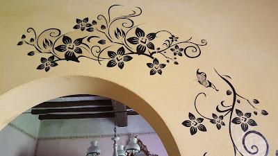 http://www.passaparolablog.com/2016/04/soledi-adesivi-murales-carta-da-pareti.html