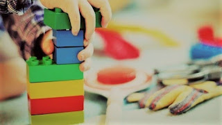 Mainan anak edukasi usia 1 tahun
