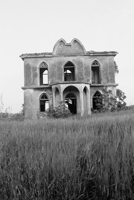 Villa Kallergis Pikermi  Attica Photo by VASSILIS D. GONIS