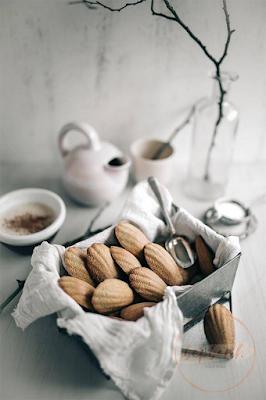 Madeleines - bánh con sò không thể thiếu trong tiệc trà Pháp 4