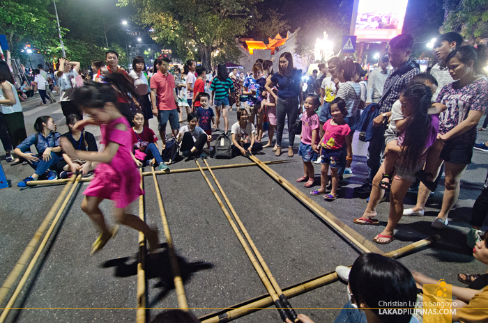 Hanoi Walking Street Traditional Games