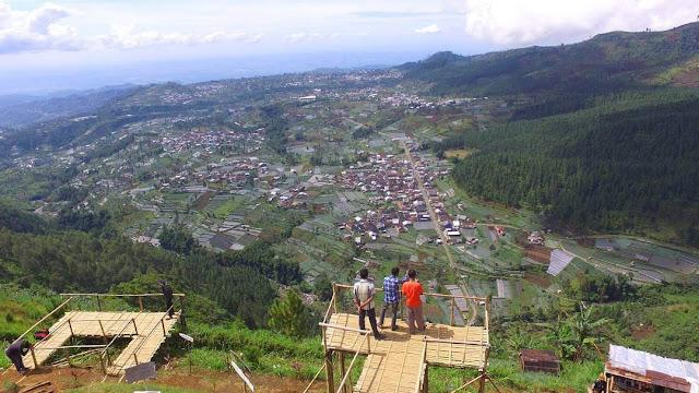 foto bukit baper