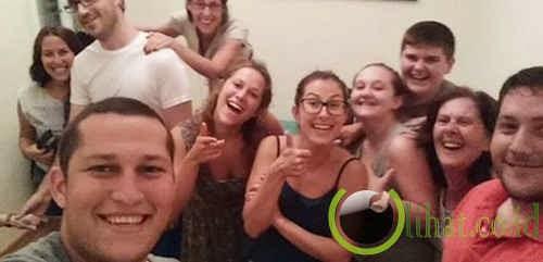 Foto Selfie di Tengah Perang Gaza