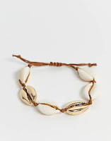 https://www.asos.com/weekday/weekday-faux-shell-bracelet/prd/11904975?ctaRef=my%20orders