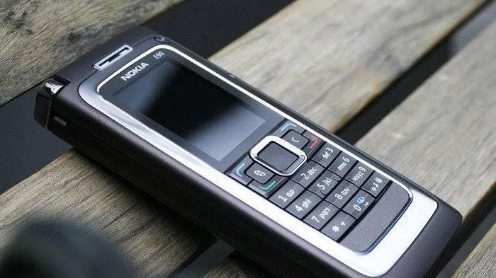 """Istri TNI di Kuningan Diminta Gunakan HP """"Telepon dan SMS"""" Saja"""