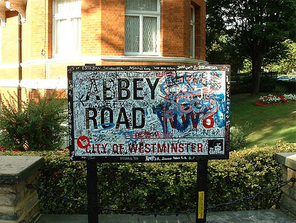 Bryan Eccleshall a visité les Abbey Road d'Angleterre