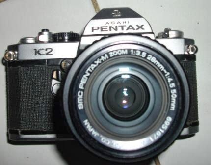 Pentax K2 dan 28-50mm tampak depan