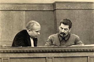Kruscev con Stalin nel 1936.